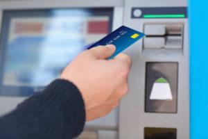 Bargeld von einer Prepaid Kreditkarte abheben